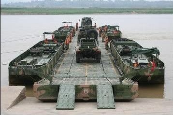 60tf Military Trestle Pontoon Bridge / Power Pontoon Bridge / Military Bridging Equipment